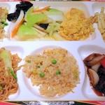台北夜市 - 好きな料理を好きなだけ①