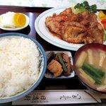 日進軒 - 料理写真:しょうが焼肉定食!