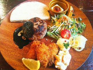 京都 れとろ洋食 LOCAVO