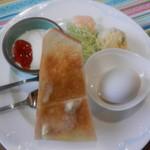 Cafeフレンズ - 料理写真:レギュラーモーニングセット(トースト)