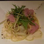 フォレストグリル - ローズポークハムと春野菜のクリームパスタ