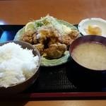 やるき茶屋 - 鶏唐揚げ定食600円