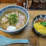 とりそば太田 - 塩玉そば+そぼろ丼:890円+390円