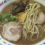 松ちゃんラーメン - 麺は こんなんです