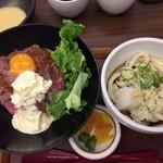 61068446 - ローストビーフ丼&ミニぶっかけうどん