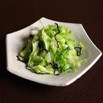いっかん - 白菜と塩昆布の和えサラダ