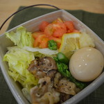 ラーメンダイナー GOGO宝来軒 - BOX麺 フレッシュチキン