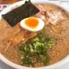みつや - 料理写真:醤油ラーメン650円+中盛り(1.5玉)(100円)