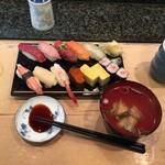 寿司文 - ランチ松にぎり
