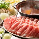 ひつじ家 - オリジナルの出汁と付けダレで食べるひつじ家鍋!