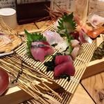 なきざかな - 漁師の贅沢盛り