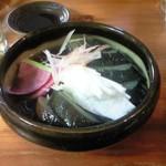 天ぷら・鉄板焼酒場 しん家 - 漬物盛合せ