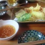 天ぷら・鉄板焼酒場 しん家 - 天ぷら盛合せ