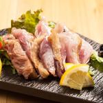 """焼鳥 よつ葉 - 赤鶏の""""激レア""""炭焼き"""