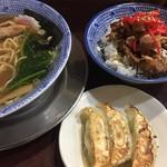 ちゃーしゅうや 武蔵 - 料理写真:らーめん 武蔵セット