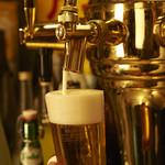 ビストロゴキゲン鳥 - うすはりグラスで飲むビール最高!