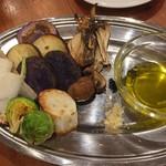61086441 - 旬野菜の窯焼き