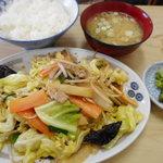 61089675 - 肉野菜炒め定食 600円