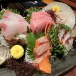 刺身屋新太郎 - 海鮮刺身五点盛り1,900円