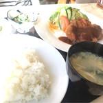 若樹 - 料理写真:チキンカツ定食。