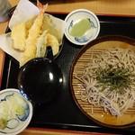 久兵衛屋 - 天ざるそば740円(税抜)