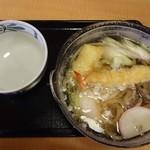 久兵衛屋 - 鍋焼きうどん690円(税抜)