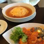 中国料理 伊部 - 妻のお気に入り カニたま御飯です。