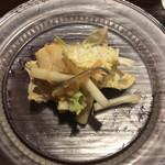 米増 - 2016.12  白菜とフグ皮サラダ、ガラスのお皿