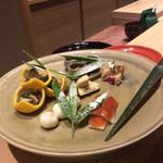 米増 - 2016.12 八寸^_−☆、福森道歩チャンの大皿〜♪       奥の室礼、李朝の高台^_−☆