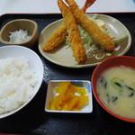 魚市場食堂 - 海老フライ定食