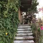 ノイカフェ - 入り口