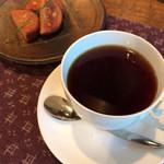 61115080 - オークションコーヒー(グアテマラ)と松の実トルテ