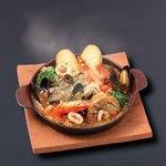 ベーカリーレストランサンマルク - 帆立貝t有頭海老のブイヤベース