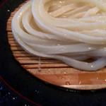 もり - ほんのり甘みのある麺