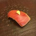 やま中・本店 鮨と日本料理  - 中トロのづけ