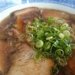 まる福 - 料理写真:チャーシュー麺。