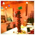 名物チキンとピザの店 ロケットキッチン - これが一番大きいサイズ12ピース!ど迫力!