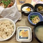 61121602 - 鶏の照り焼きと野菜の生姜ソース御膳 1280円