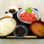 蒔田 - 料理写真:中落ち定食