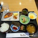61122403 - モーニング焼き魚定食700円+生卵60円