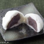 一幸庵 - 椿餅(断面)
