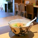 ハナヤマZ - 料理写真:ウニと魚介の塩ラーメン (730円) '16 1月下旬