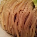 つけ麺 五ノ神製作所 - 麺アップ