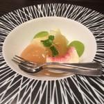 お料理 七草 - 県産の桃 ハネージュとブラッドオレンジのゼリー