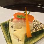 お料理 七草 - 蟹の箱寿司 唐墨とミモレット