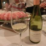 61137976 - 白ワインですっきり