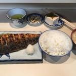 61147099 - 鯖の一枚焼き定食(税込900円)