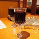 ステラ - 赤ワイン1杯目