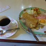 友遊 - 料理写真:ブレンドコーヒーと今週のモーニング