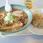 麺工房味家 - 尾道ラーメンとミニチャーハンセット820円